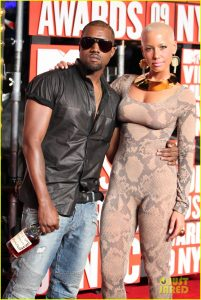 kanye west and amber rose on the 2009 VMA red carpet
