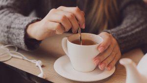 stirring-a-cup-of-tea-vocabulario-en-inglés